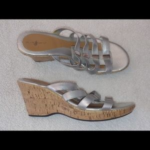 Jaclyn Smith Wedge Sandal Shoes